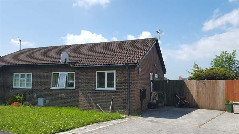 2 Bedrooms Semi Detached Bungalow for sale in Bishopswood, Brackla, Bridgend