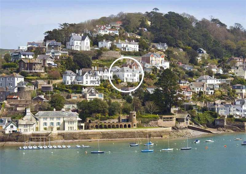 3 Bedrooms Flat for sale in Colonsay, Church Hill, Kingswear, Dartmouth, TQ6