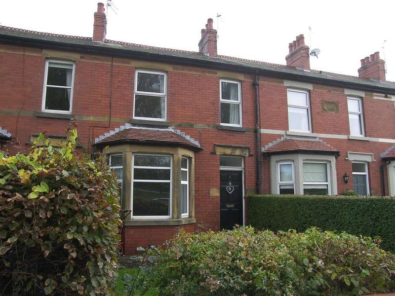 3 Bedrooms Terraced House for rent in Brookfield Terrace, Lytham St Annes