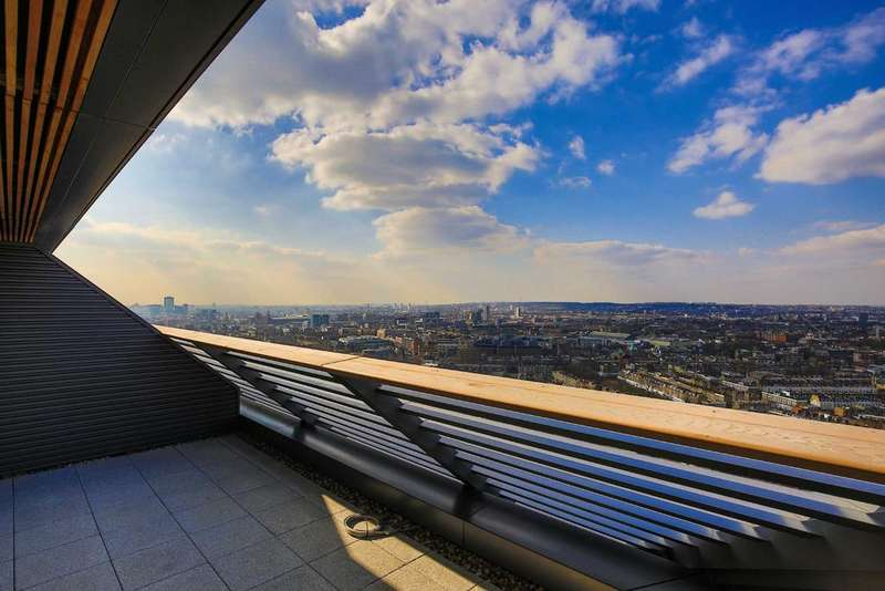 1 Bedroom Flat for sale in Chronicle Tower, EC1V