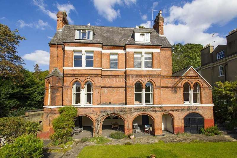 3 Bedrooms Apartment Flat for sale in The Park, Nottingham, Nottinghamshire
