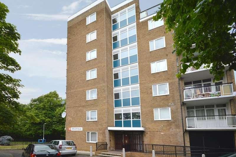 1 Bedroom Flat for sale in Melfield Gardens London SE6