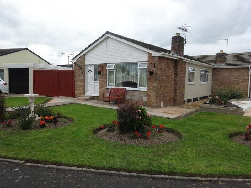 2 Bedrooms Semi Detached Bungalow for sale in Llys Tudor, Towyn