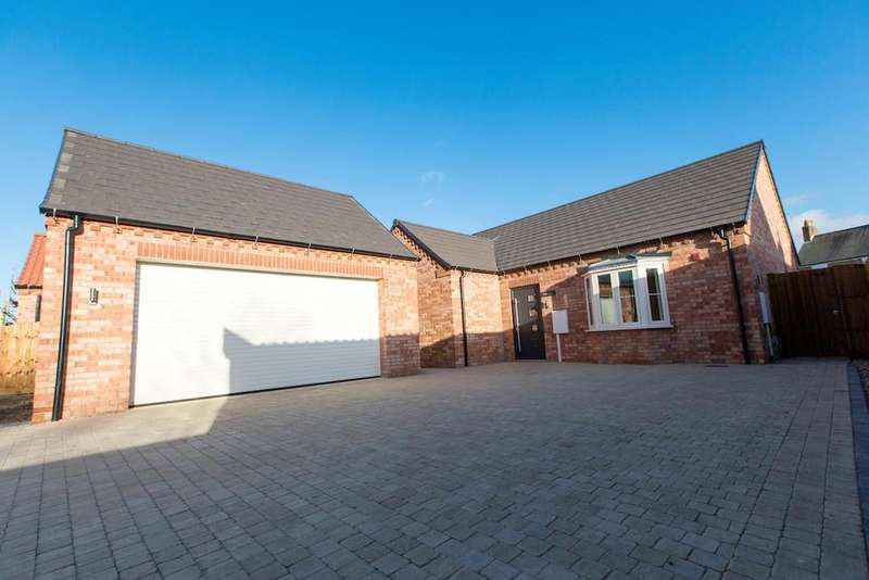 4 Bedrooms Detached Bungalow for sale in Kirkgate, Whaplode