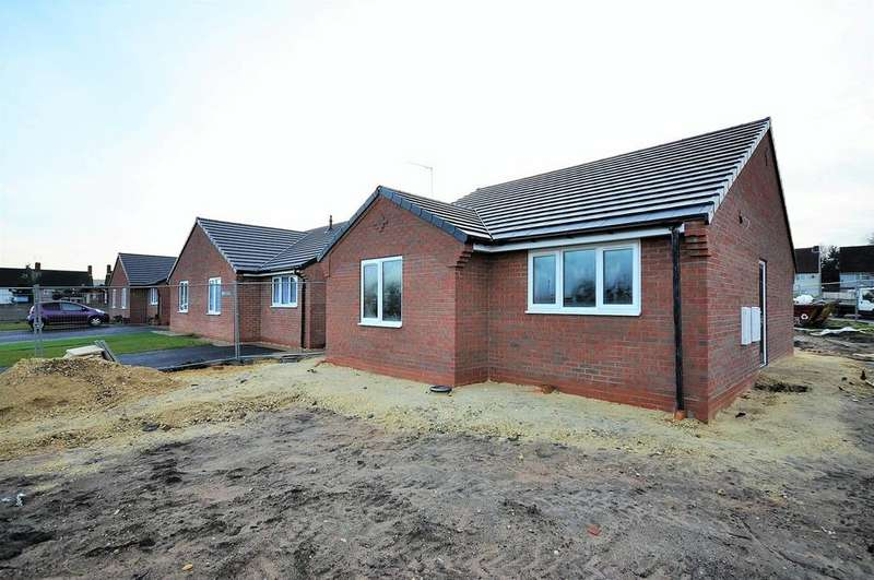2 Bedrooms Detached Bungalow for sale in Plot 5, Church Row, Church Road, Clipstone