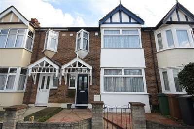 3 Bedrooms Terraced House for sale in Coolgardie Avenue, London