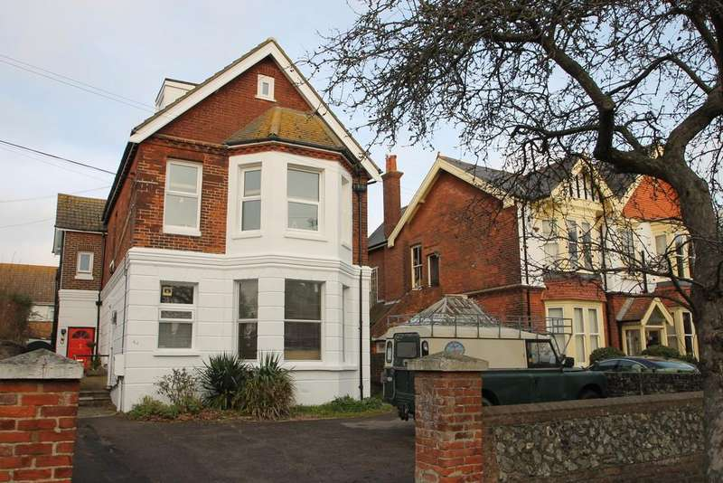 1 Bedroom Apartment Flat for sale in Richmond Road, Worthing, BN11AF