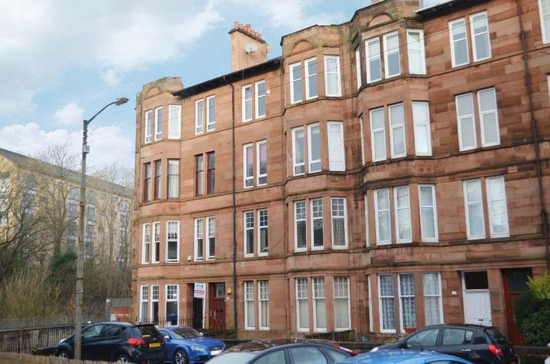 2 Bedrooms Flat for sale in Woodford Street, Flat 3/1, Shawlands, Glasgow, G41 3HN