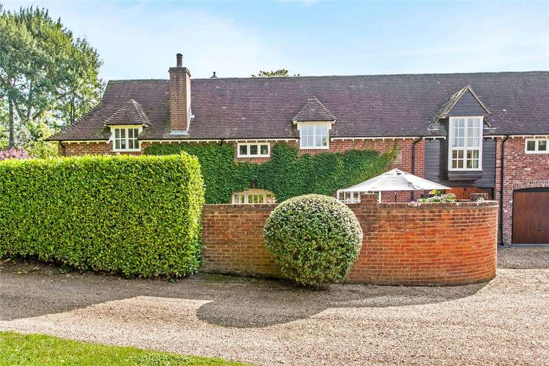 4 Bedrooms Mews House for sale in The Stables, Shawford, Winchester, Hampshire, SO21