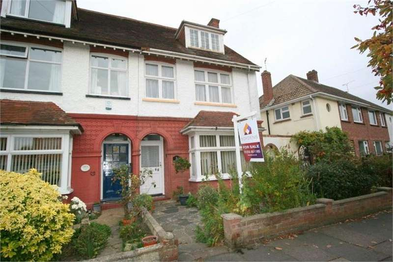 6 Bedrooms Semi Detached House for sale in Old Road, FRINTON-ON-SEA, Essex