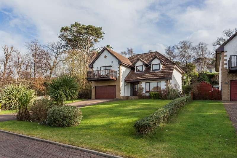 4 Bedrooms Detached Villa House for sale in Leapmoor Drive, Castle Wemyss, Wemyss Bay, PA18 6BT