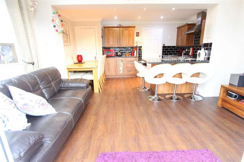 3 Bedrooms Semi Detached House for sale in Boxtree Close, Croxteth Park, Liverpool