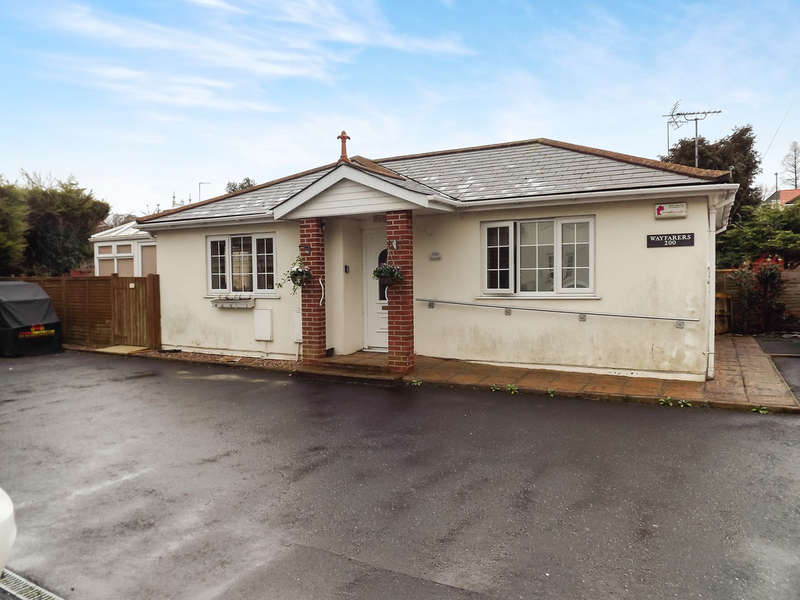 2 Bedrooms Detached Bungalow for sale in Newton Road, Torquay