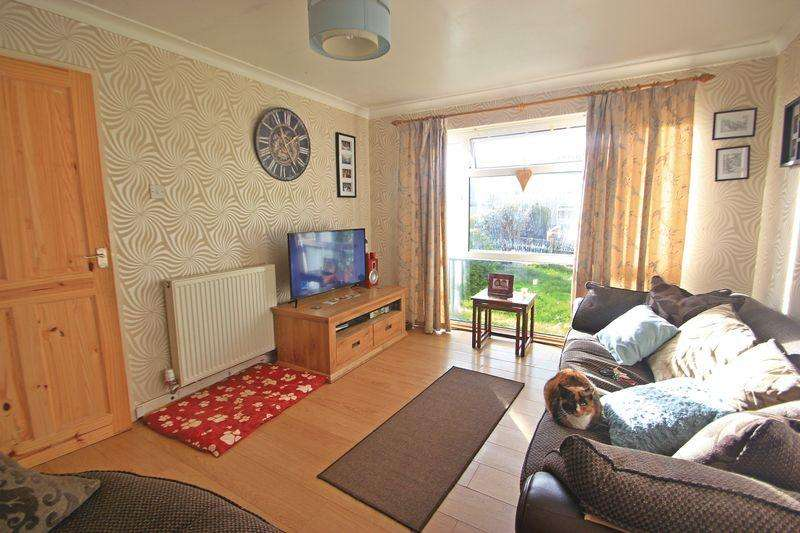 2 Bedrooms Semi Detached Bungalow for sale in Rhostryfan, Gwynedd