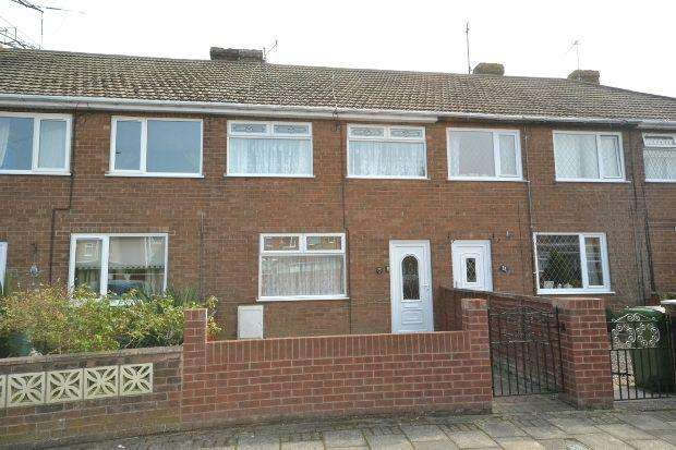 3 Bedrooms Terraced House for sale in Springway Crescent, GRIMSBY