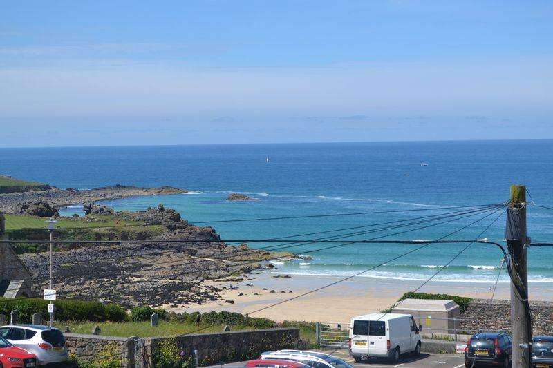 3 Bedrooms Semi Detached House for sale in St Ives Town, Cornwall