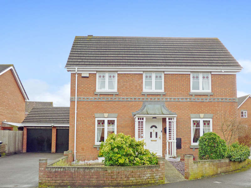 4 Bedrooms Detached House for sale in Fell Road, Westbury
