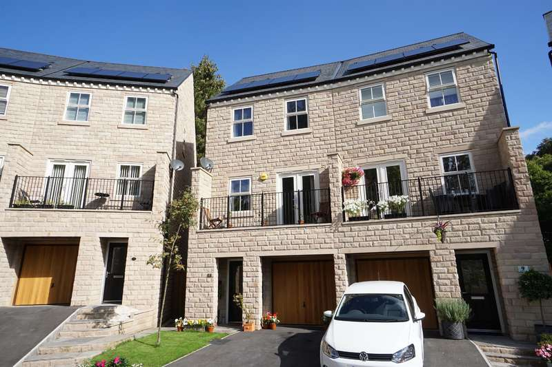 3 Bedrooms Semi Detached House for sale in Taptonville Court, Broomhill, Sheffield, S10 5AE