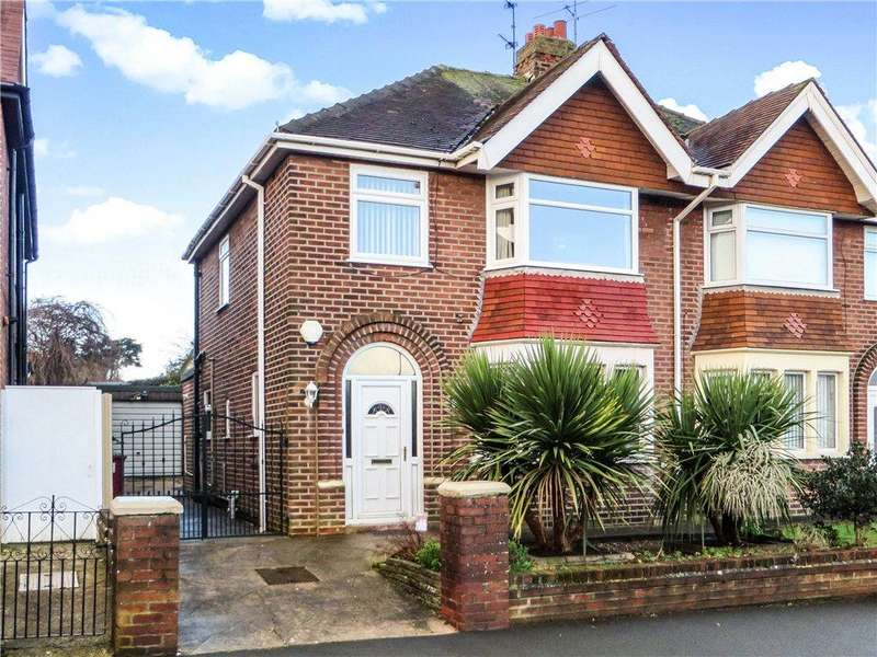 3 Bedrooms Semi Detached House for sale in Everest Drive, Bispham, Blackpool