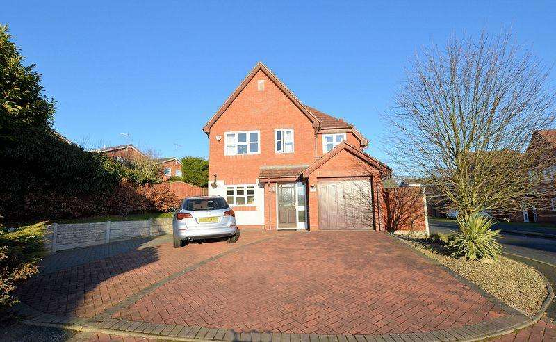 4 Bedrooms Detached House for sale in Newbury Close, Halesowen