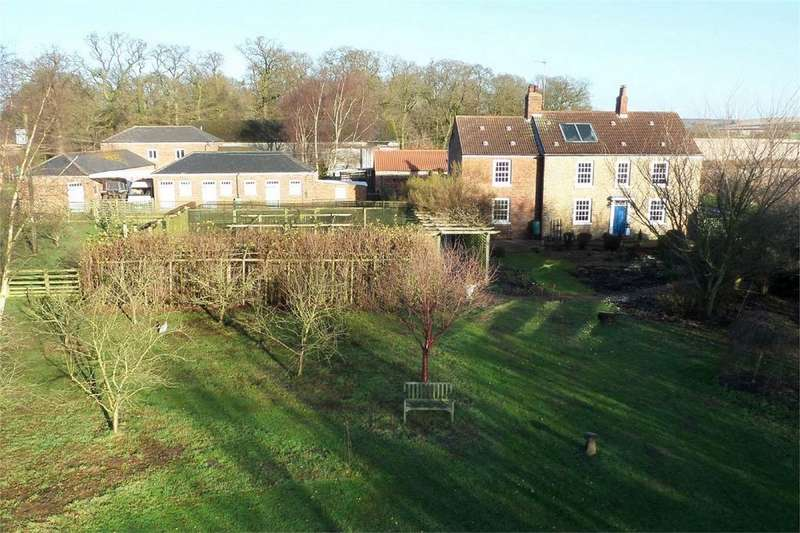 4 Bedrooms Detached House for sale in Cliffe Road, Sands Top, North Newbald, York