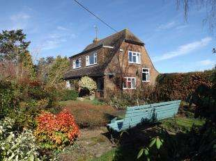 2 Bedrooms Detached House for sale in Stonepit Lane, Sandhurst, Cranbrook, Kent