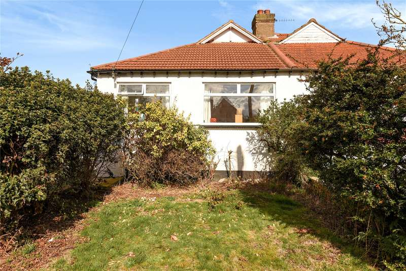 3 Bedrooms Semi Detached Bungalow for sale in Lyndhurst Avenue, Pinner, Middlesex, HA5