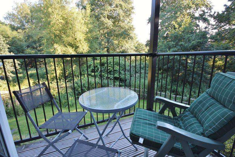 1 Bedroom Retirement Property for sale in Meadowside, Storrington