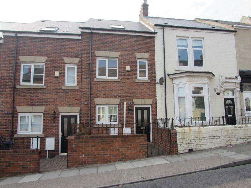 4 Bedrooms Terraced House for sale in Baring Street, South Shields - Four Bedroom Town House