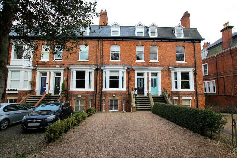 6 Bedrooms End Of Terrace House for sale in New Walk, Beverley, East Riding of Yorkshire