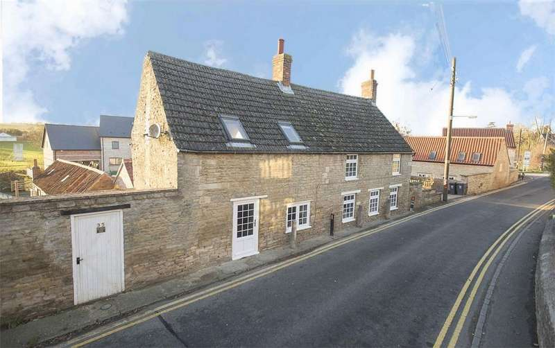 3 Bedrooms Cottage House for sale in High Street, Brigstock, Northamptonshire