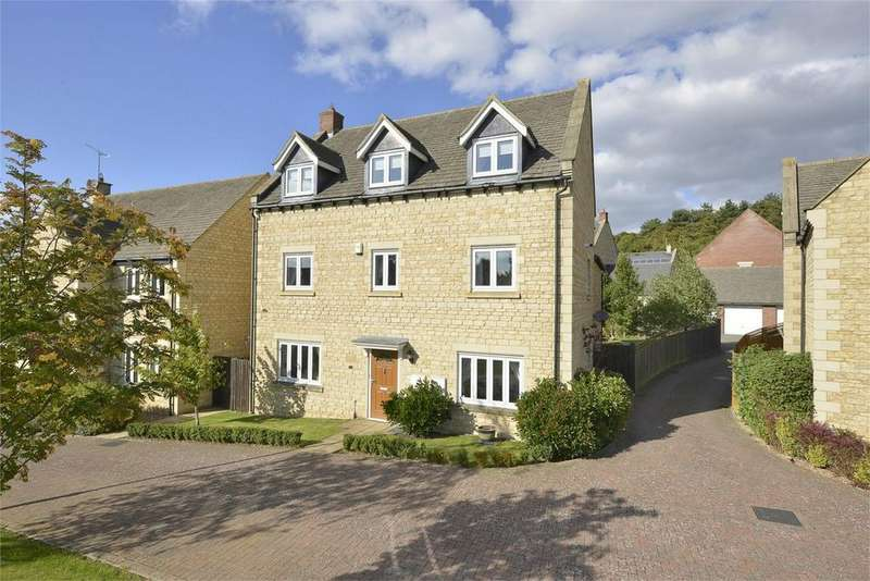 6 Bedrooms Detached House for sale in The Paddocks, Stanion, Northamptonshire