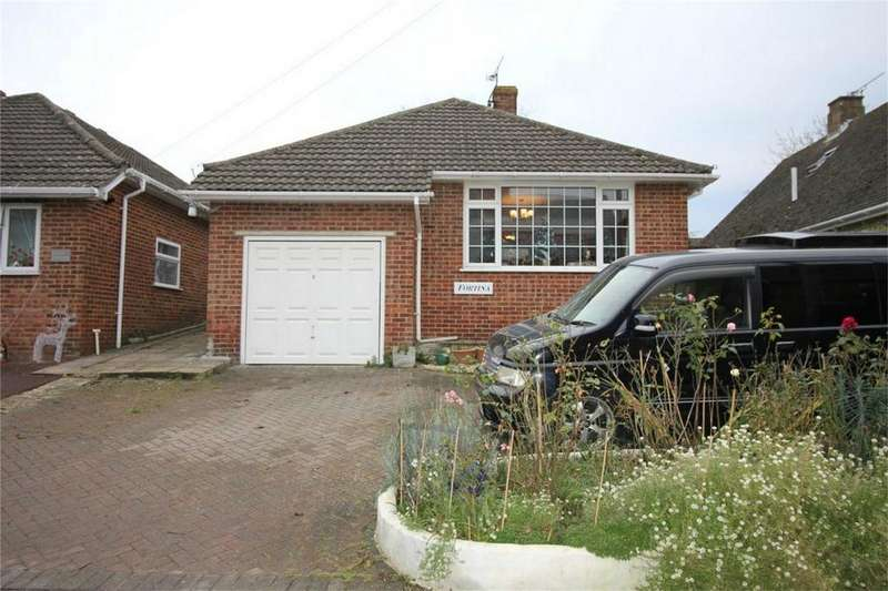 2 Bedrooms Detached Bungalow for sale in Virgins Croft, BATTLE, East Sussex
