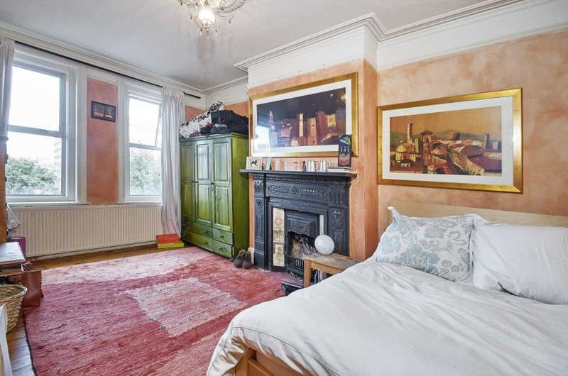 2 Bedrooms Apartment Flat for sale in Balham High Road, Balham, SW17