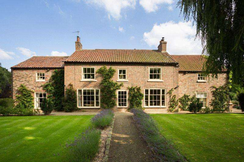 5 Bedrooms Detached House for sale in Middle Park House, Sowerby, Thirsk