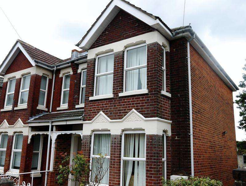 5 Bedrooms Semi Detached House for rent in Polygon, Southampton