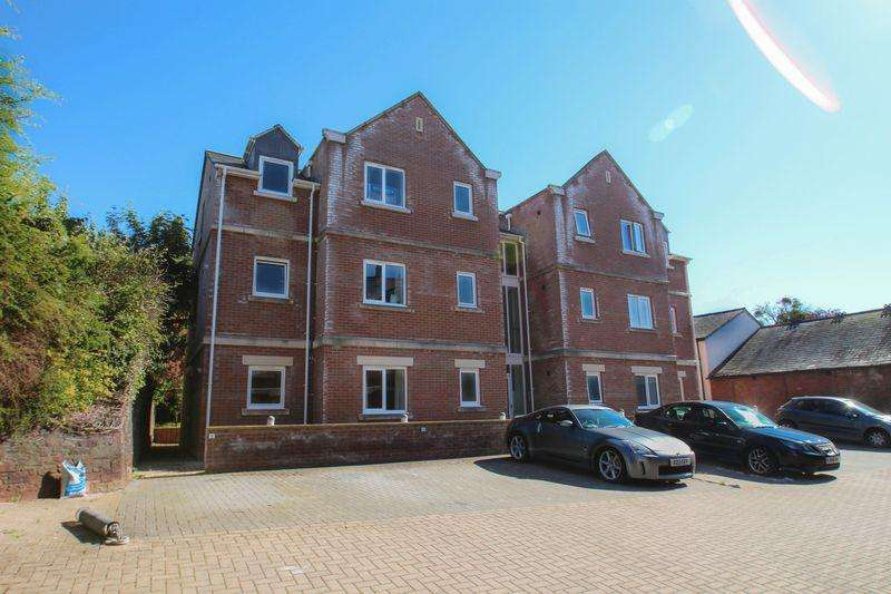 2 Bedrooms Apartment Flat for sale in 11 Parliament Square, Crediton