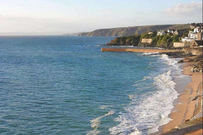 2 Bedrooms Cottage House for sale in Loe Cottage, Porthleven, TR13