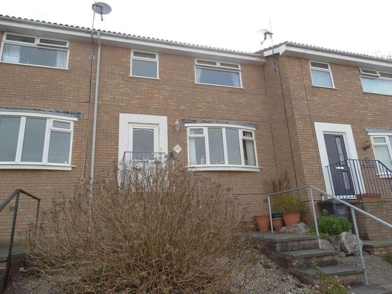 3 Bedrooms Terraced House for sale in 27 Alwen Drive, Rhos on Sea, LL28 4YB