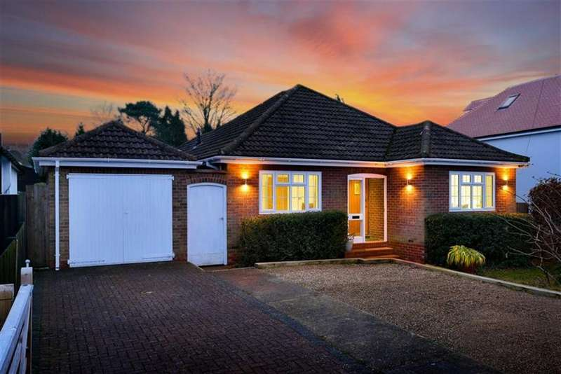 3 Bedrooms Detached Bungalow for sale in Great Tattenhams, Epsom Downs, Surrey