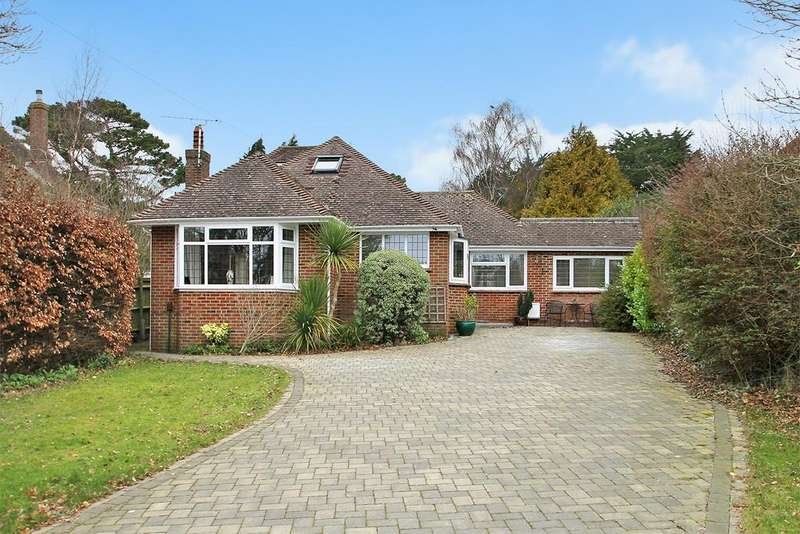 4 Bedrooms Detached Bungalow for sale in Palmers Way, Worthing, BN13 3DP