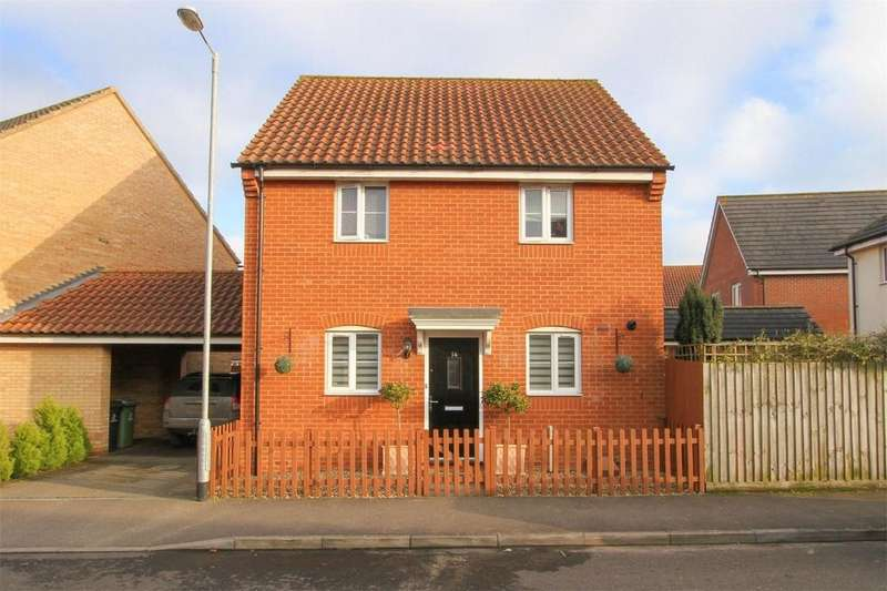 3 Bedrooms Detached House for sale in Fortress Road, Carbrooke, Norfolk