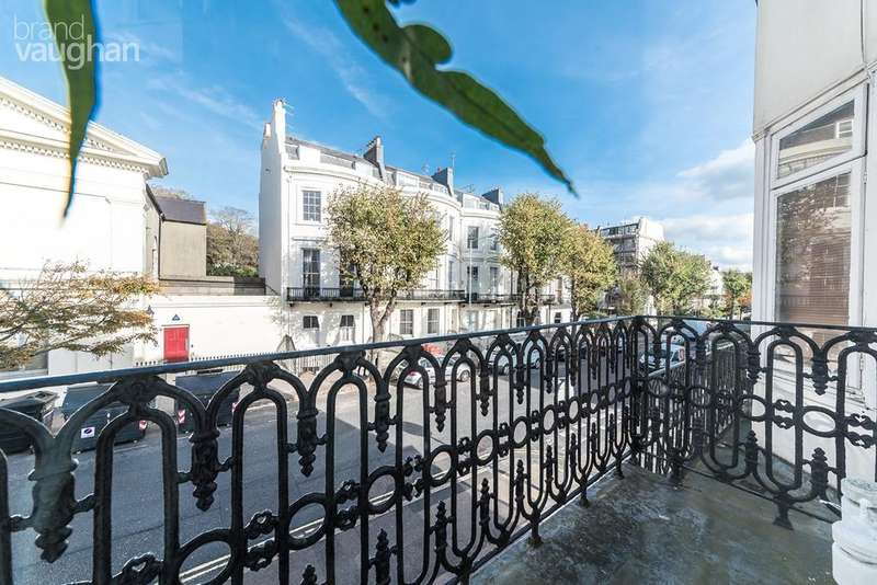 5 Bedrooms Terraced House for sale in Montpelier Place, Brighton, BN1