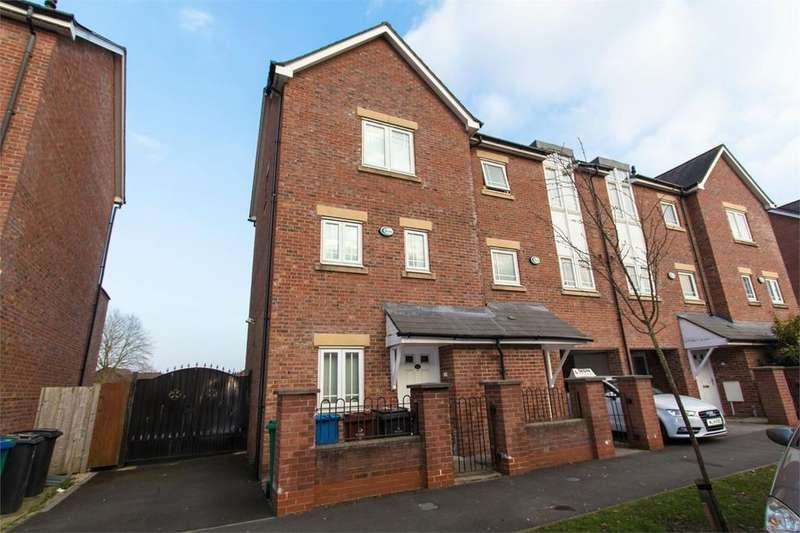 4 Bedrooms Town House for rent in Drayton Street, Hulme, Manchester, M15