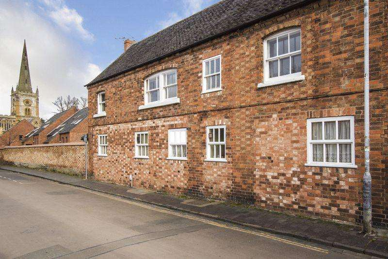 2 Bedrooms Apartment Flat for sale in Mill Lane, Stratford-Upon-Avon, Warwickshire