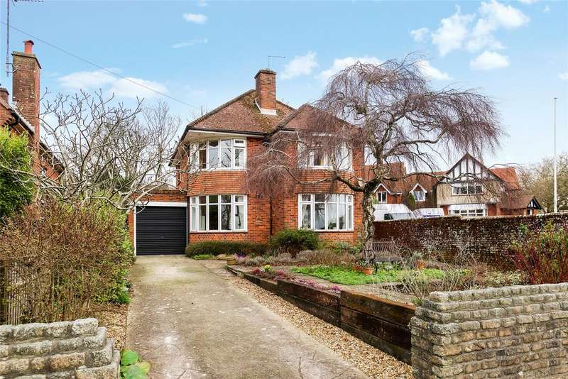 3 Bedrooms Detached House for sale in Dorchester, Dorset