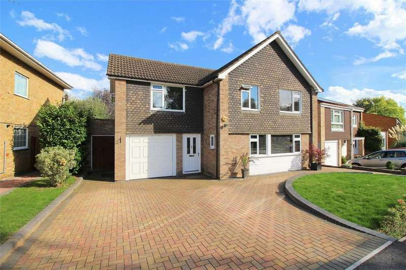 4 Bedrooms Detached House for sale in The Ryde, Hatfield, Hertfordshire