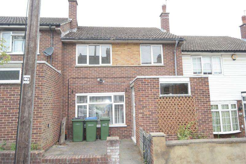 3 Bedrooms Terraced House for sale in Olven Road, Plumstead