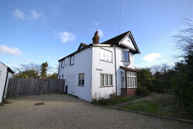 4 Bedrooms Detached House for sale in Stoney Hills, Burnham-on-Crouch, Essex