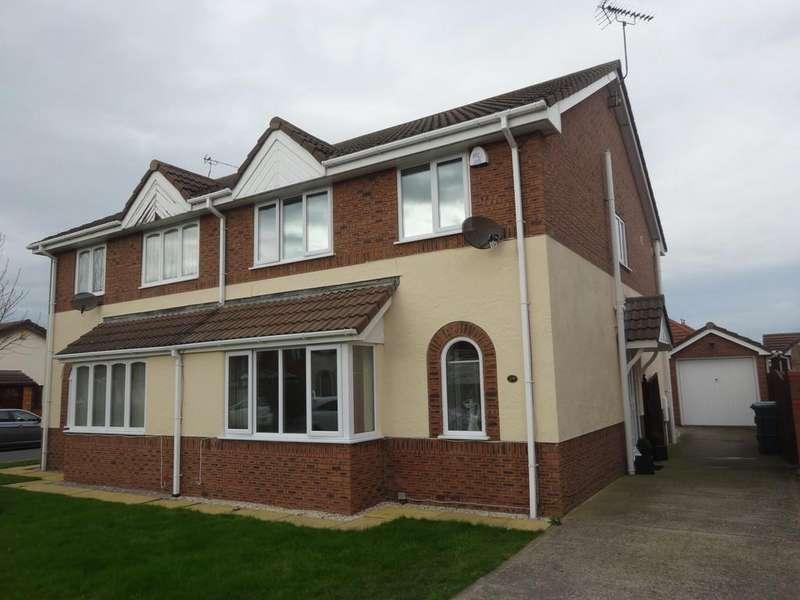 3 Bedrooms Semi Detached House for sale in Ffordd Y Berllan, Towyn, LL22